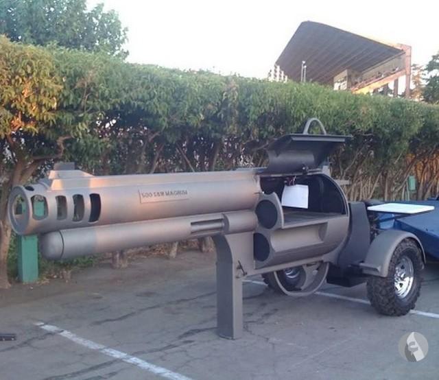 شواية على شكل مسدس