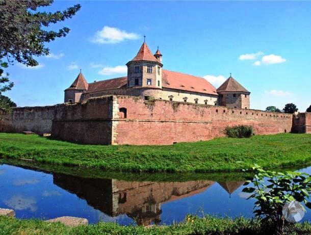 قلعة فاغاراس