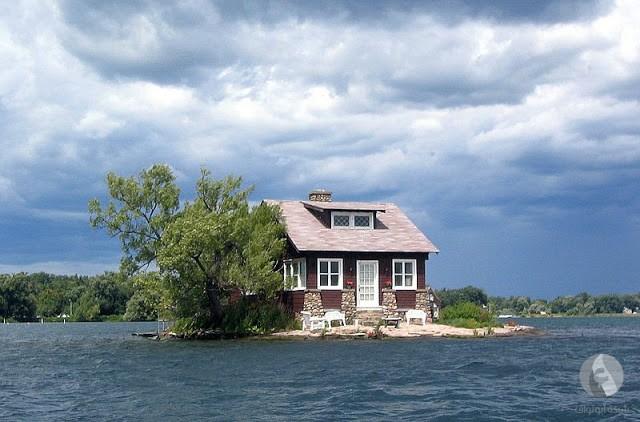 جزيرة صغيرة