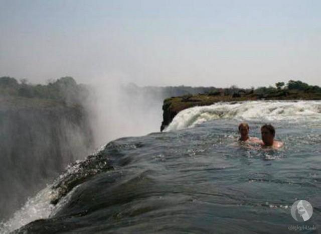 خطر السباحة