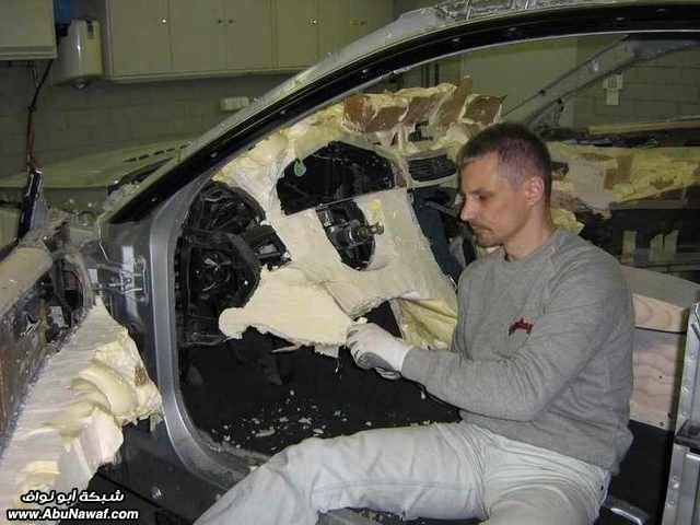 تحويل سياره صارلها حادث ..!الى تحفه فنيه